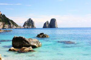 pohled na Faraglioni Capri